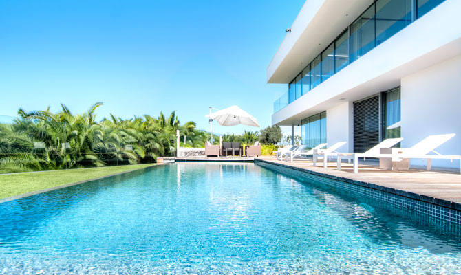 real estate valuer northern beaches